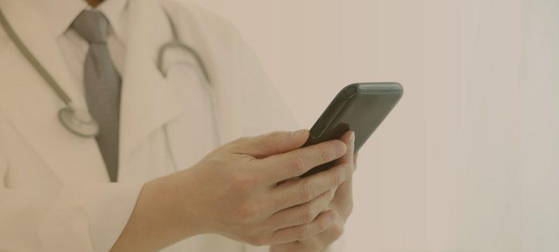 WhatsApp é uma ferramenta importante para médicos